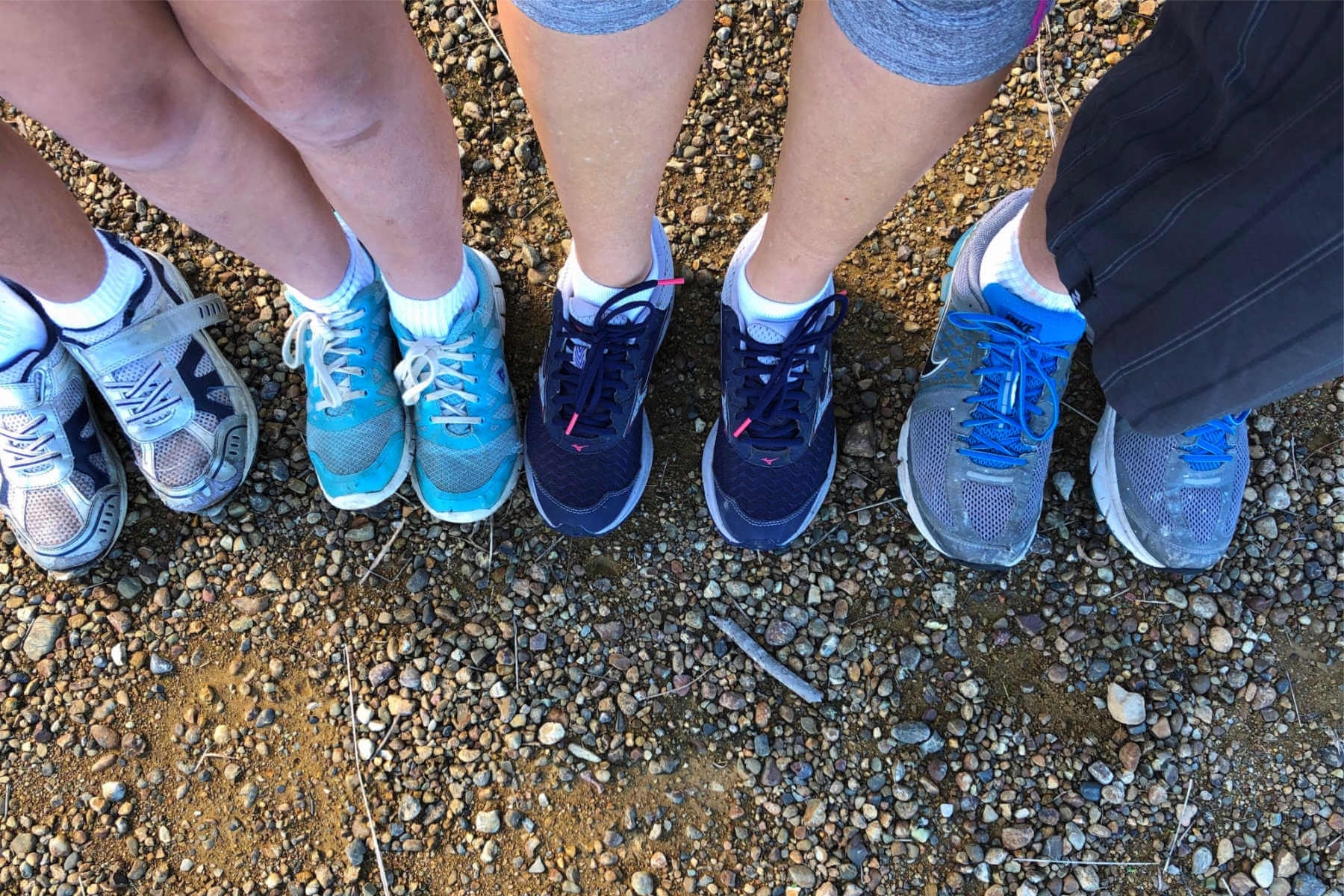 lake-macquarie-activities-family-feet