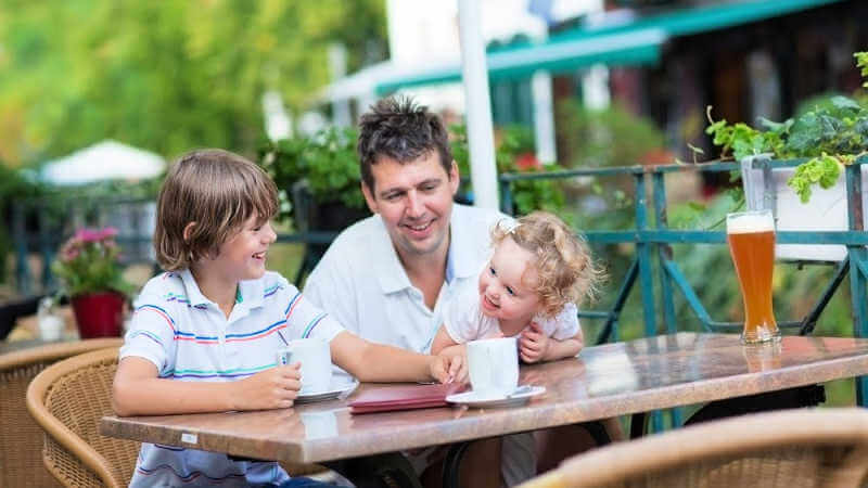 clubs-and-rsls-lake-macquarie-dad-with-kids
