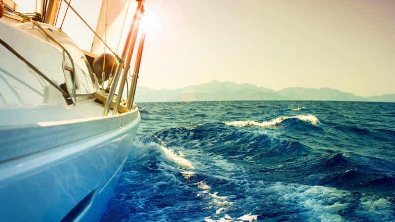 lake-macquarie-fishing-sailing