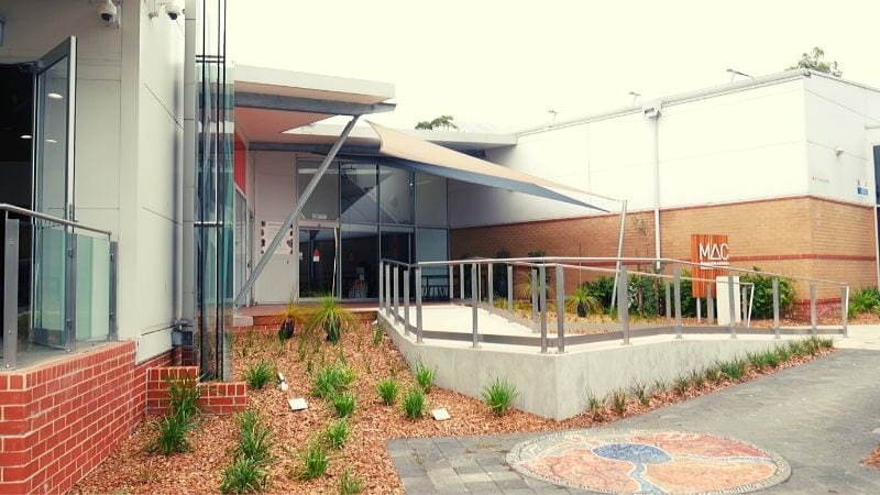 lake-macquarie-art-gallery-front