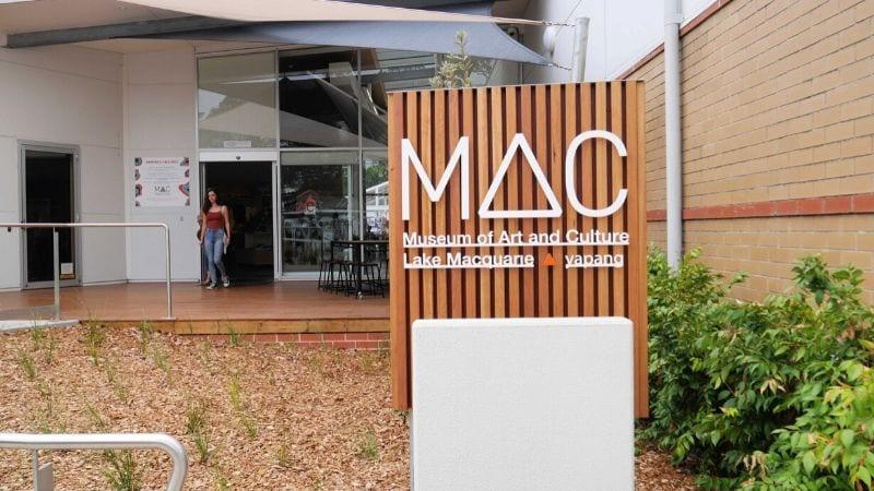 lake-macquarie-art-gallery