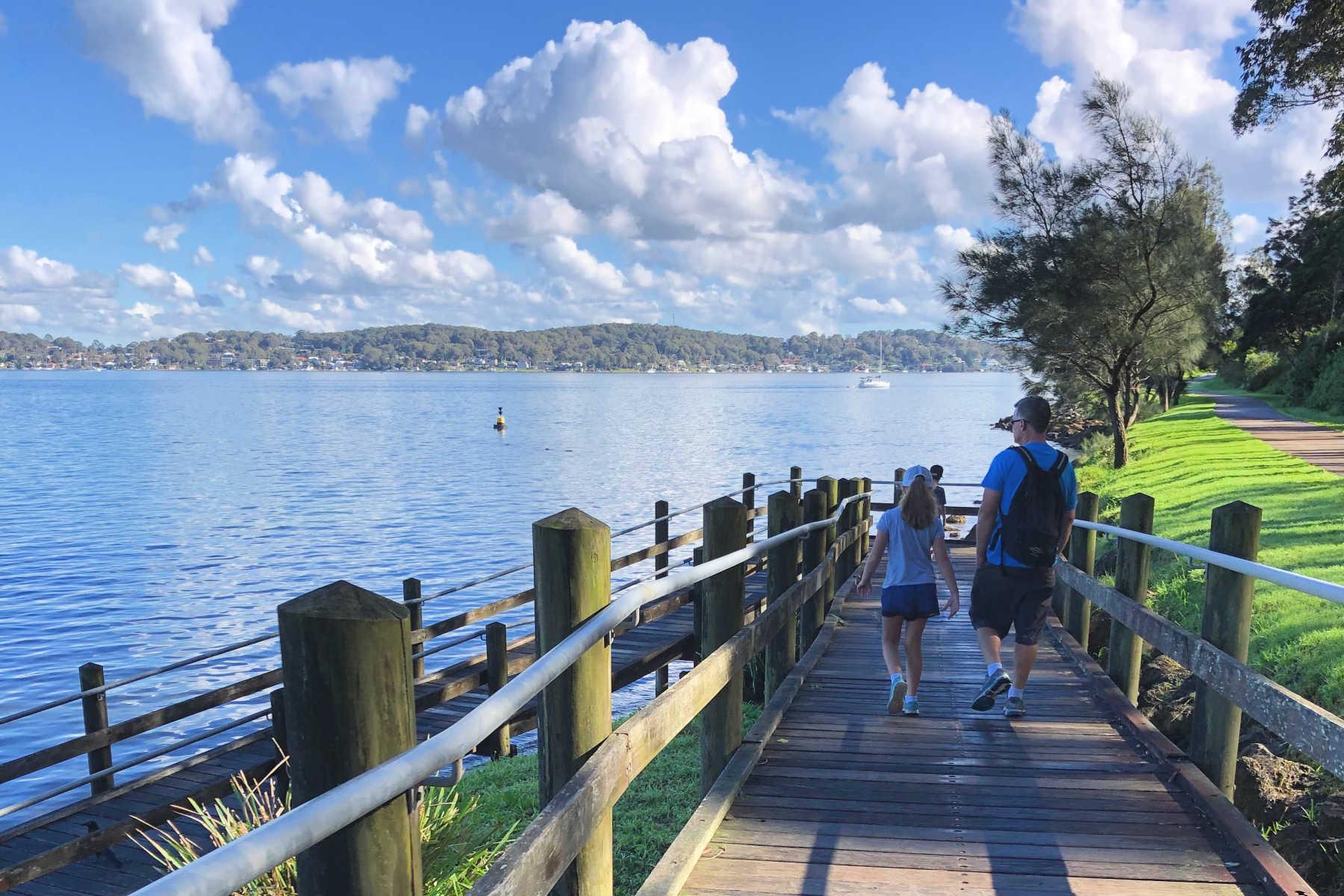 5-walking-tracks-lake-macquarie-walking-article-main