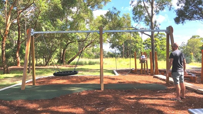 neegulbah-park-playground-macquarie-hills-gallery11