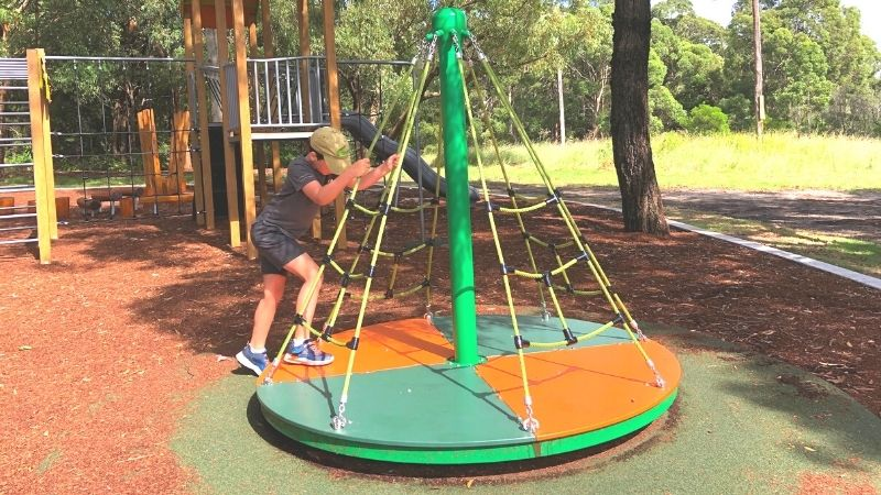 neegulbah-park-playground-macquarie-hills-gallery7