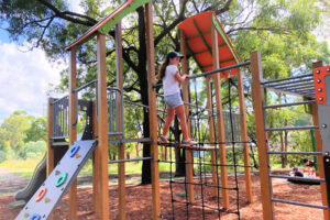 neegulbah-park-playground-macquarie-hills-main2