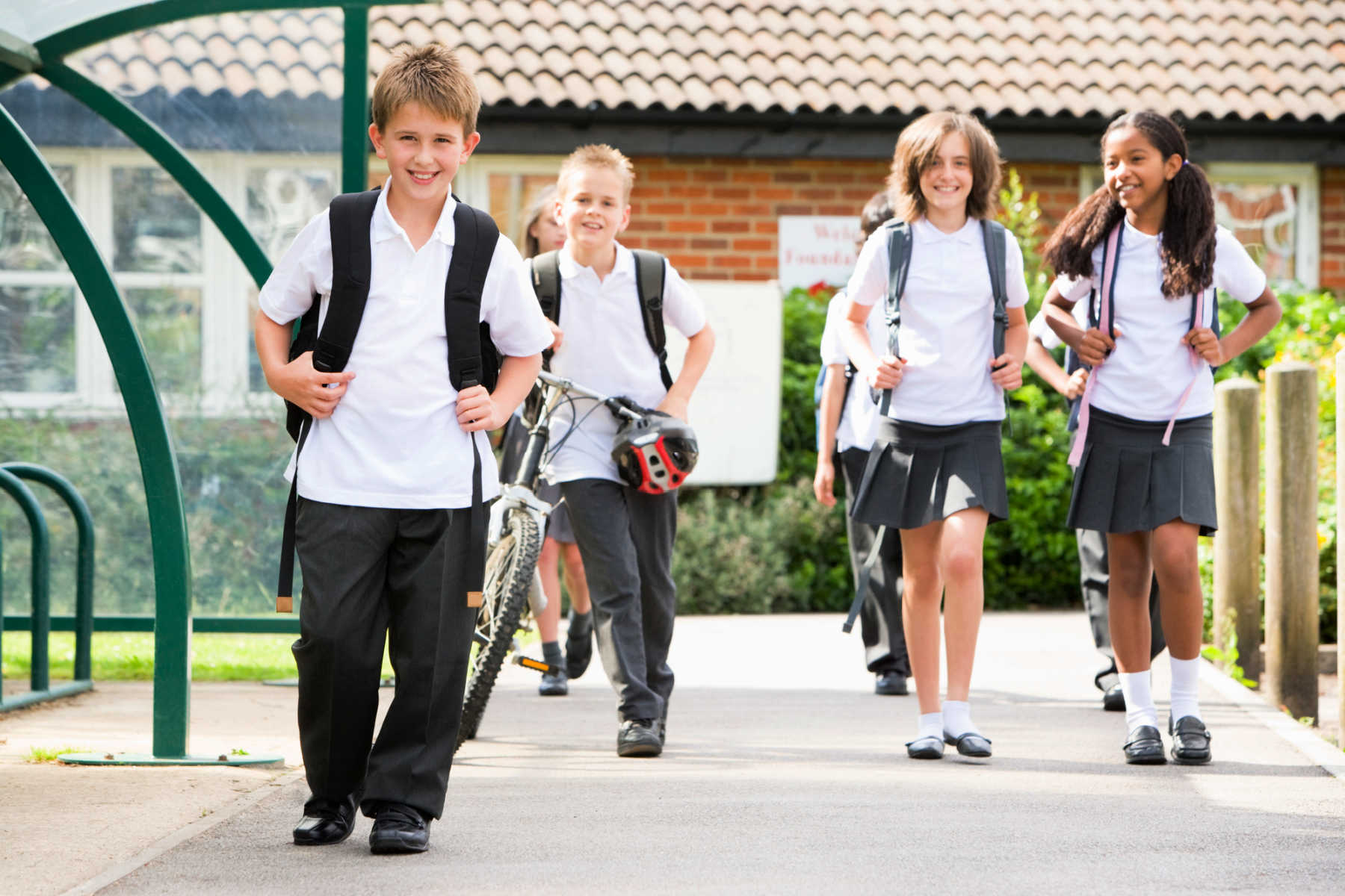 restrictions-easing-for-parents-at-school
