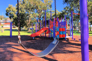 allambee-park-playground-valentine-main