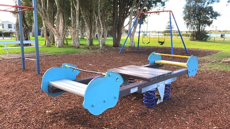 Chapman-oval-playground-gallery2