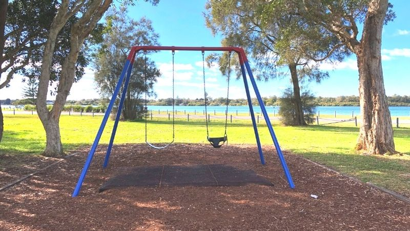 Chapman-oval-playground-gallery5