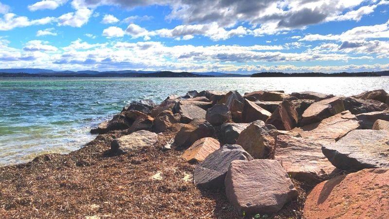 osmond-reserve-swansea-beach-bay1