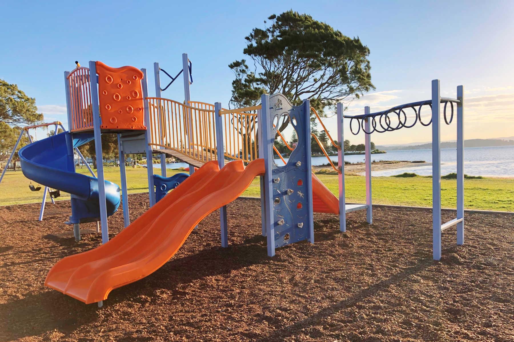 belmont-south-foreshore-playground-main2