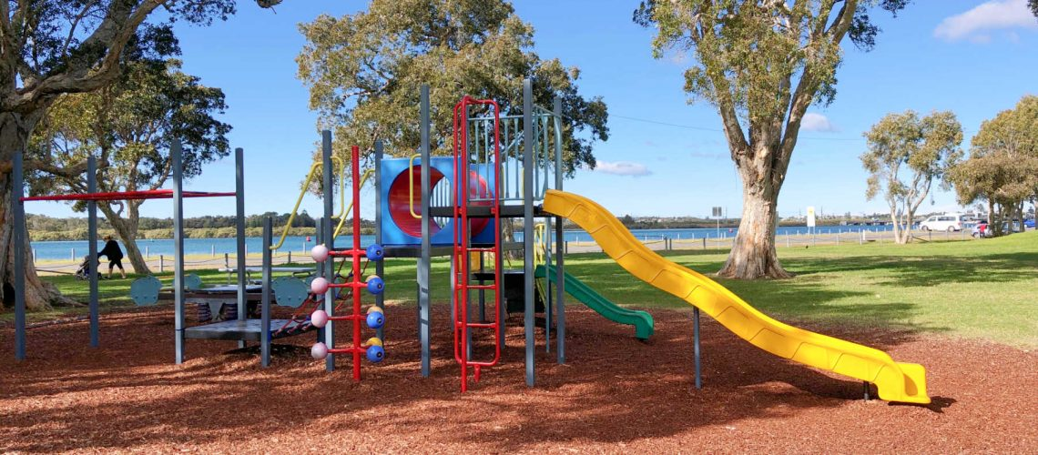 Chapman-oval-playground-swansea-playground-main